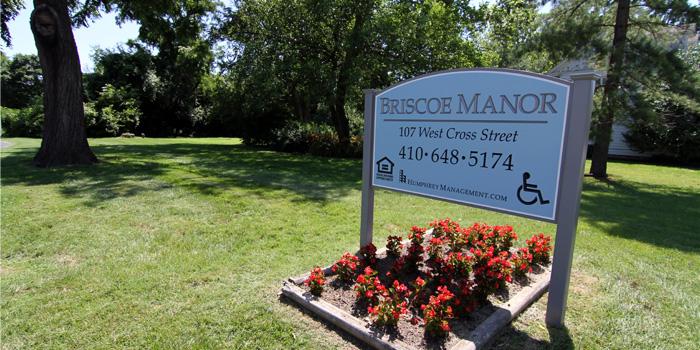 Briscoe-sign2
