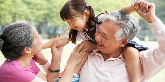 asian-grandparents-granddaughter