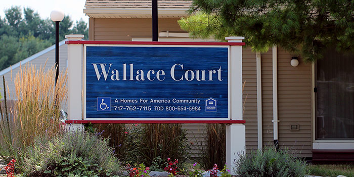 Wallace_sign